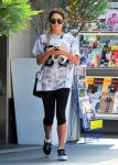 Celebrities Wonder 54877763_vanessa-hudgens-west-hollywood_3.jpg