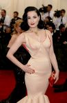Celebrities Wonder 59958305_dita-von-teese-met-ball-2014_2.jpg