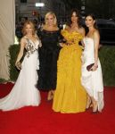 Celebrities Wonder 60855525_kylie-minogue-met-gala-2014_3.JPG