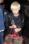 Celebrities Wonder 62550791_miley-cyrus-100-club_5.jpg