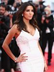 Celebrities Wonder 63368270_cannes-saint-laurent-premiere_4.jpg