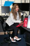 Celebrities Wonder 6746380_nicole-scherzinger-kiss-fm_4.jpg