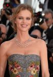Celebrities Wonder 67725502_two-days-one-night-cannes-2014_Eva Herzigova 2.jpg