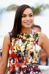 Celebrities Wonder 72527032_rosario-dawson-the-captive-photocall-cannes_3.jpg