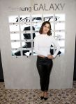 Celebrities Wonder 72709240_variety-studio-day-2-2014_Lizzy Caplan 1.jpg