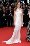 Celebrities Wonder 77486090_The-Homesman-Premiere-Cannes-hilary-swank_1.jpg