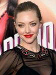 Celebrities Wonder 78191058_A-Million-Ways-To-Die-In-The-West-Premiere_Amanda Seyfried 2.jpg