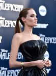 Celebrities Wonder 80038870_angelina-jolie-maleficent-los-angeles-premiere_3.jpg