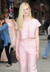 Celebrities Wonder 89616678_elle-fanning-letterman_5.jpg