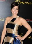 Celebrities Wonder 90245354_39th-Annual-Gracie-Awards_Bellamy Young 2.jpg