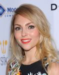 Celebrities Wonder 91277874_annasophia-robb-Creative-Coalition-Gala-Benefit-Dinner_5.jpg