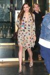 Celebrities Wonder 91798546_elizabeth-olsen-nbc-studios_1.jpg