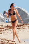 Celebrities Wonder 93978816_katie-cassidy-bikini-candids_4.jpg