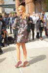 Celebrities Wonder 95670709_blake-lively-hotel_4.jpg