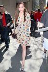 Celebrities Wonder 96650998_elizabeth-olsen-nbc-studios_3.jpg