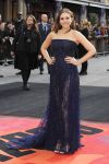Celebrities Wonder 96708934_elizabeth-olsen-godzilla-london-premiere_2.JPG
