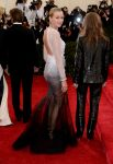 Celebrities Wonder 986178_naomi-watts-met-gala-2014_2.jpg