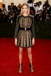 Celebrities Wonder 98922252_rosie-huntington-met-gala-2014_1.jpg