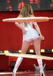 Celebrities Wonder 1100114_jennifer-lopez-Performing-Good-Morning-America_4.jpg