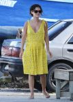 Celebrities Wonder 11426948_pregnant-rachel-bilson-barbados_2.jpg