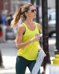 Celebrities Wonder 19319755_gisele-bundchen-running_5.jpg