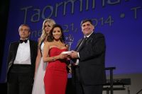 Celebrities Wonder 21021228_eva-longoria-Taormina-Film-Festival_7.jpg
