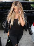 Celebrities Wonder 2178670_kim-kardashian-blonde-hair_4.jpg