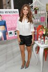 Celebrities Wonder 23092058_maria-menounos-book_1.jpg