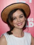 Celebrities Wonder 24047181_Obvious-Child-screening_4.jpg