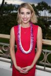 Celebrities Wonder 29075005_emma-roberts-2014-Maui-Film-Festival-Shining-Star-Award_3.jpg