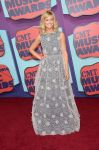 Celebrities Wonder 36553336_2014-CMT-Music-Awards-red-carpet_Beth Behrs 1.jpg
