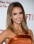 Celebrities Wonder 40200540_jessica-alba-Designing-Women-Awards-Gala_3.jpg