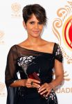 Celebrities Wonder 42782277_halle-berry-2014-Huading-Film-Awards_4.jpg