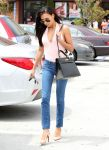 Celebrities Wonder 46040441_naya-rivera-in-Glendale_3.jpg
