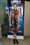 Celebrities Wonder 48401813_shailene-woodley-visits-SiriusXM-Studios_2.jpg