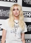Celebrities Wonder 5496976_taylor-momsen-The-Kerrang-Awards_4.jpg