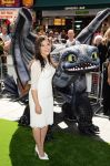 Celebrities Wonder 55199901_america-ferrera-How-To-Train-Your-Dragon-2-London_3.jpg