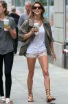 Celebrities Wonder 63679352_ashley-greene-short-shorts_3.jpg