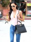 Celebrities Wonder 70960272_naya-rivera-in-Glendale_5.jpg