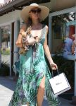 Celebrities Wonder 11899470_Paris-Nicky-Hilton-Malibu_7.jpg