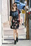 Celebrities Wonder 13153895_emma-roberts-street-style_1.jpg