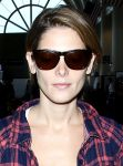Celebrities Wonder 13568641_ashley-greene-lax-airport_5.JPG