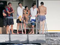 Celebrities Wonder 19115598_michelle-rodriguez-bikini_7.jpg