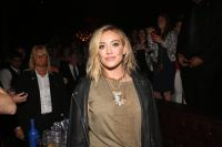 Celebrities Wonder 19551418_hilary-duff-Chasing-The-Sun-single-release-celebration_6.jpg