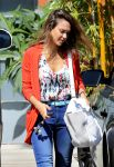 Celebrities Wonder 20504265_jessica-alba-santa-monica_5.jpg