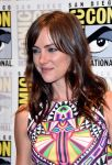 Celebrities Wonder 21339385_jessica-stroup-comic-con-2014_4.jpg