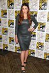 Celebrities Wonder 2256569_elizabeth-olsen-avengers-comic-con-2014_1.jpg