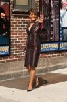 Celebrities Wonder 23169947_halle-berry-Late-Show-with-David-Letterman_1.jpg