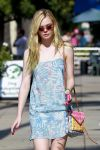 Celebrities Wonder 38462823_elle-fanning-salon_4.jpg