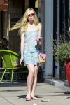 Celebrities Wonder 39227991_elle-fanning-salon_1.jpg